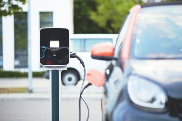 Ausbau Ladestationen für Elektroautos Deutschland